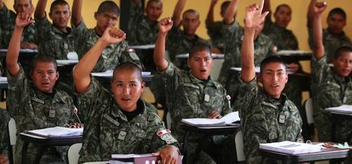 Servicio militar de 12 a 18 meses